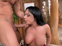Cock lover Kerry Louise stuffs her mouth with a thick meaty cock