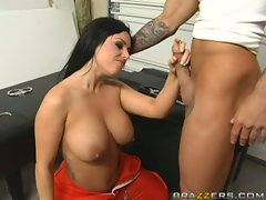 Babe Kerry Louise loves to have her mouth stuffed with hard cock