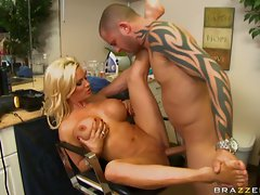 Filthy slut Diamond Foxxx getting a hard fuck by a stiff thick cock