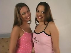 Renee Perez plays pussy with her favourite friend