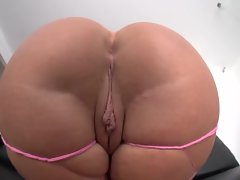 Big assed bitch Julie Cash bounces on a thick dick