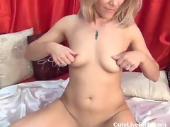 italian blonde playing with her body 1 .flv