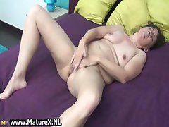 Experienced mature lady loves fucking part5