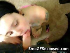 Hot tattooed emo sucking her boyfriend part3