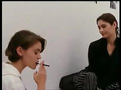 Alyssa_Milano_-_Embrace_of_the_Vampire