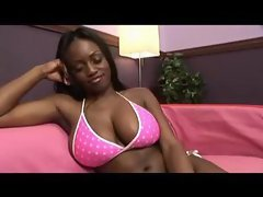 Jada Fire's ass bounced