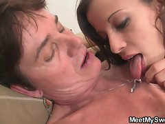 GF have oral fun with her BF&amp,#039,s family