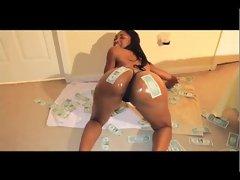 Black Skinny Slut Shakes HUGE ASS 4 $ Bills - Ameman
