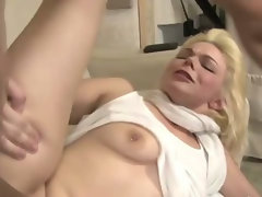 She takes a pussy pummeling from her horny stepfather