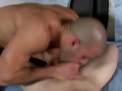 Sexy studs feed on each others hard cock