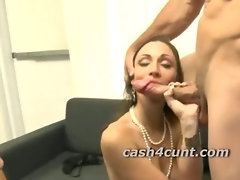 Amateur slut cash for threeway where she sucks and gets fucked
