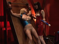 Krissy Lynn in femdom fun with Bobbi Starr and pal