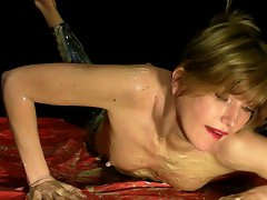 wetandmessygirls.com - Playing in Slinkystylez
