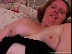 Luscious Cute bbw amateur in fishnet stockings has a wild big clit