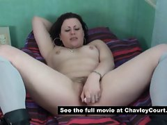 Hairy chav girl Isabel Dean squirting her fat pussy