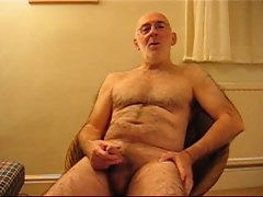 Master Wanker cumming in his mouth