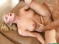 Sexy blonde Victoria White dick dreaming