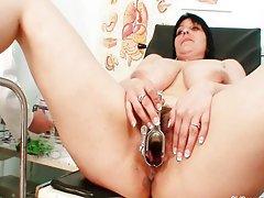 Big tits plump milf Zora hairy pussy