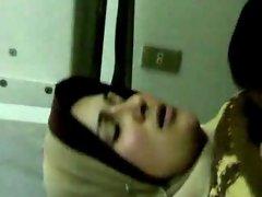 arabe baisee chez le dentiste