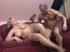 Big tits blonde fatty babe getting her greasy hole fucked good