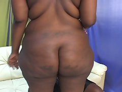Bbbw gets nailed from willing black cock