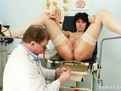 Grandpa doctor gives grandma radima a full ass examination