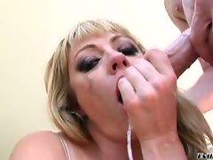 Nasty blondie loves sloppy blowjobs