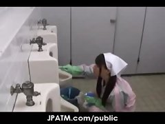 Public Sex in Japan - Asian Teens Exposed Outdoor 06
