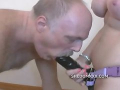 Dominatrix totally face fucks a sissy guys mouth with a strap on