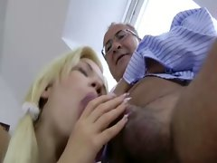 Hardcore fucking from tight amateur with a need for dick