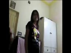 Hot indian girl exposes, gives super blowjob and fucks