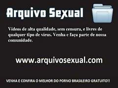 Bucetuda gostosa com foguinho na xota 6 - www.arquivosexual.com