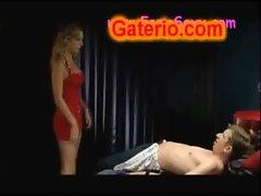 Kira Miro Desnuda y Follando en Torrente