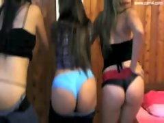 3 sexy latinas
