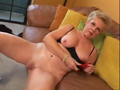 Granny masturbates her cunt and swallows cum