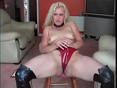 Leather boots and latex panties solo