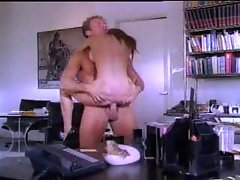 Classic porn with slut at work