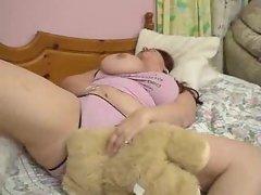 Pussy play between fat lezzie sluts