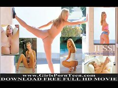 Jessi natural blonde girl massages her tits
