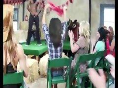 CFNM cowgirls sucking dongs
