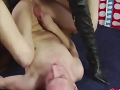 Fellow gets dirty ass grinded by his fuck partner as he wanks himself