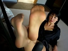 Aga's Feet in Pantyhose