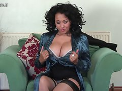 Attractive English Mommy playing with herself