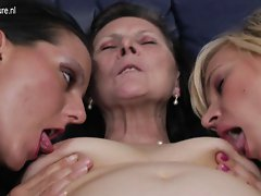Grandma banged by two lezzies pussies