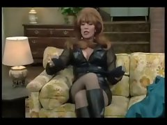 Peggy Bundy - Katey Sagal in luscious Lederklamotten
