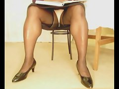 TGirl Reading Upskirt 334