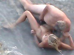 spy beach011