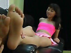tickle feet teen
