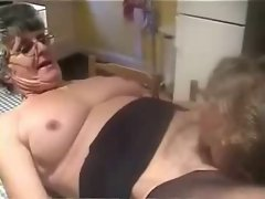 Amateur older. Licking pussy of my old slut neighbor.