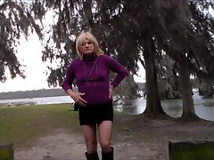 Crossdresser Outdoor New Day 2013